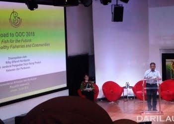 Direktur Jenderal Penguatan Daya Saing Produk Kelautan dan Perikanan-KKP, Rifky Effendi Hardijanto, dalam seri talkshow yang selenggarakan USAID-SEA bekerja sama dengan KKP di Pacific Place Mall Rabu (11/7) di Jakarta. FOTO: DARILAUT.ID