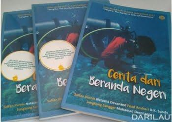 """Buku """"Cerita dari Beranda Negeri"""" karya mahasiswa UGM yang melakukan Ekspedisi di Kepulauan Sangihe, pertengahan tahun lalu. FOTO: DOK. UGM.AC.ID"""