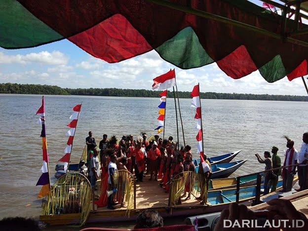 Deklarasi adat Konda Kabupaten Sorong Selatan, Provinsi Papua Barat. FOTO-FOTO: DOK. USAID SEA PROJECT