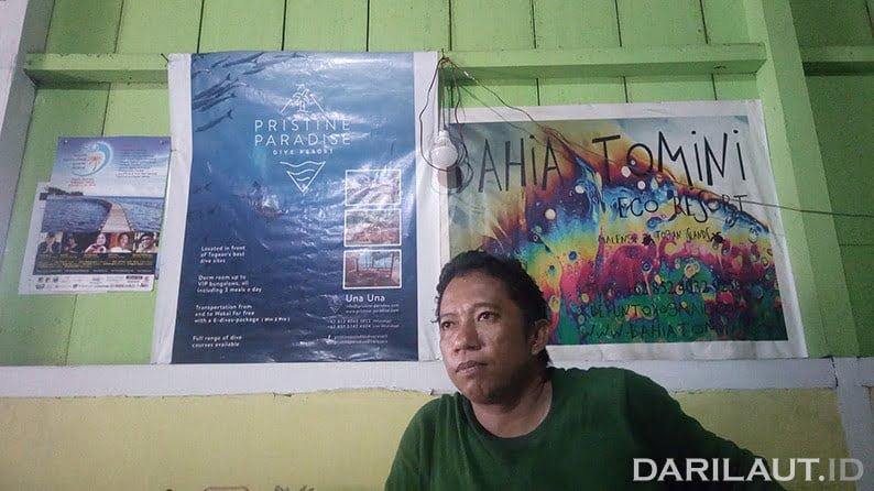 Kepala Desa Binanguna di Pulau Una-Una Asmad S. Badar. FOTO: DARILAUT.ID