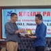 Dekan Fakultas Perikanan dan Ilmu Kelautan Universitas Negeri Gorontalo Dr Abd Hafidz Olii MSi dan Noldy Gustaf F Mamangkey MSc PhD dalam kuliah pakar di FPIK UNG, Senin (10/9).