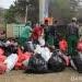 Kegiatan membersihkan sampah di pantai Padang Galak, Bali, Sabtu (15/9). FOTO: DOK. KKP