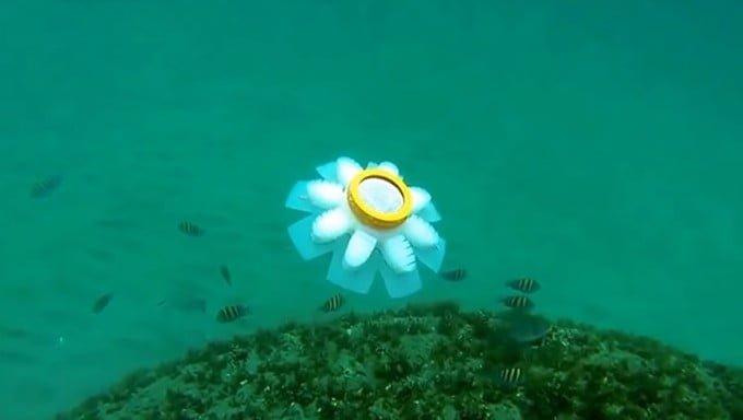Robot ubur-ubur (jellyfish)/WIRED.COM