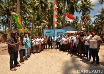INPEX Masela Ltd dan DFW-Indonesia melakukan pendampingan penguatan kapasitas kelompok budidaya rumput laut dan pembentukan BUM Desa di Lermatang dan Latdalam. FOTO: DOK. INPEX MASELA LTD