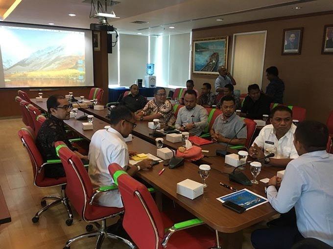 Pertemuan Dirjen Pengelolaan Ruang Laut KKP, Brahmantyo Satya Purwadi dan pemerintah Kabu[aten Buton Selatan di Jakarta, Selasa (18/9). FOTO: DOK. ISTIMEWA