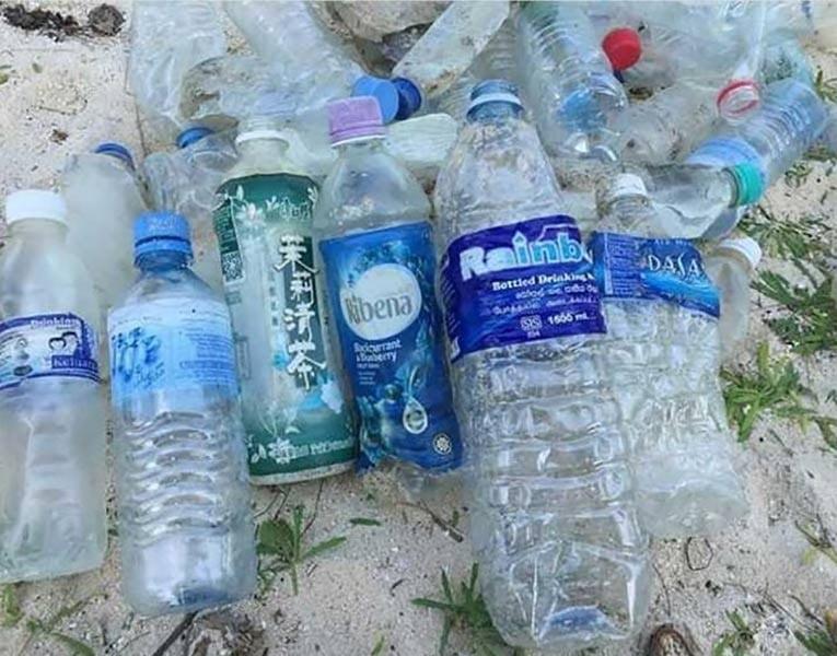 Sampah Plastik 9 Negara Ditemukan di Pulau Nasi, Aceh