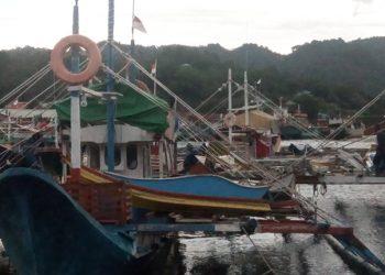 Kapal penangkap ikan tuna