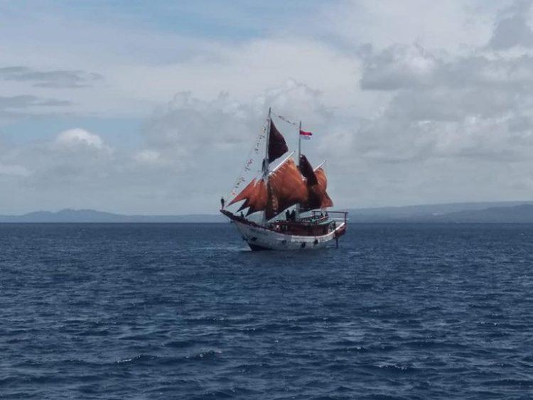 Kapal layar Pinisi Pusaka Indonesia