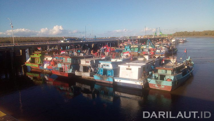 Ilustrasi kapal ikan di PPN Merauke. FOTO: DARILAUT.ID