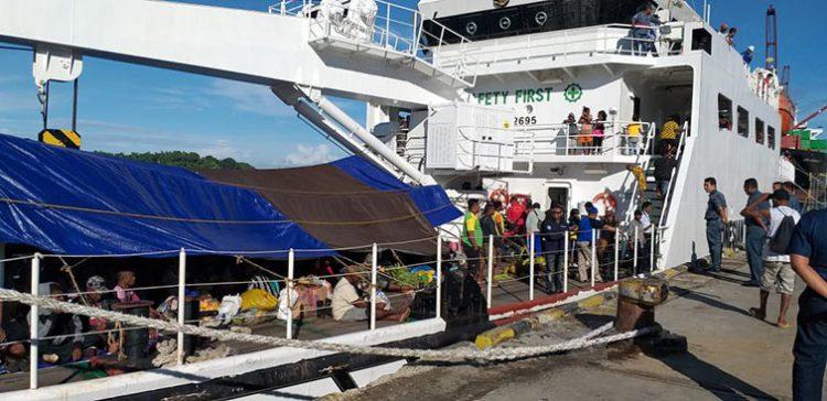 Kapal Negara Kenavigasian KN Yefyus. FOTO: DITJEN HUBLA