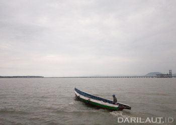 Nelayan di Sebatik, Kabupaten Nunukan. FOTO: DARILAUT.ID