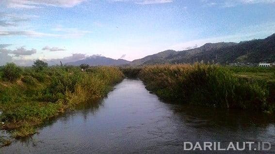 Sungai yang menghubungan Danau Limboto dan laut. FOTO: DARILAUT.ID