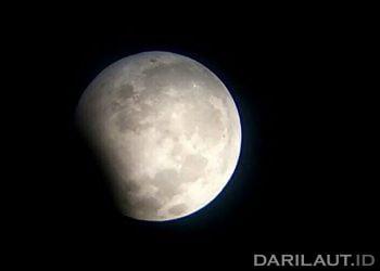 Gerhana Bulan Sebagian. FOTO: DARILAUT.ID