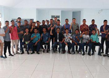 Sosialiasi dan Edukasi Indikator Forced Labour dan Traffikcing In Person berlangsung di gedung Akademi Perikanan Bitung, sabtu (30/11).  FOTO: DFW-INDONESIA