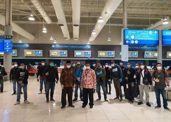 204 ABK Indonesia diberangkatkan dari Bandara Internasional Dubai,  Uni Emirat Arab, Kamis (16/4), FOTO: KEMLU