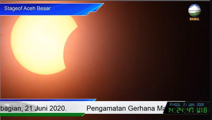 Pengamatan Gerhana Matahari Cincin sebagian dari Aceh Besar, Minggu 21 Juni. YOUTUBE BMKG