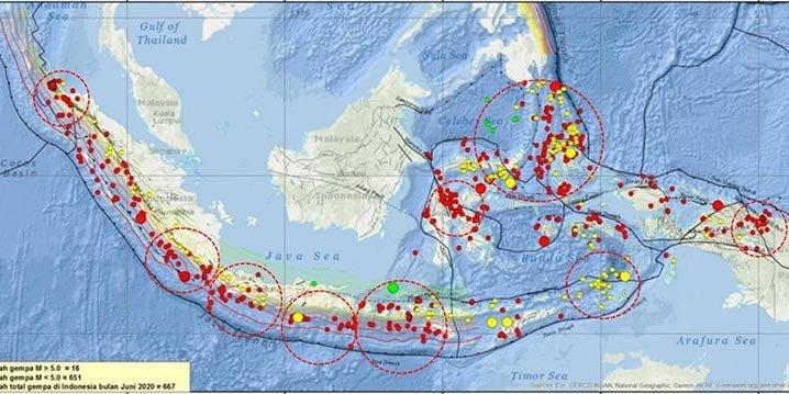 Peta titik gempa di berbagai daerah di Indonesia. BMKG