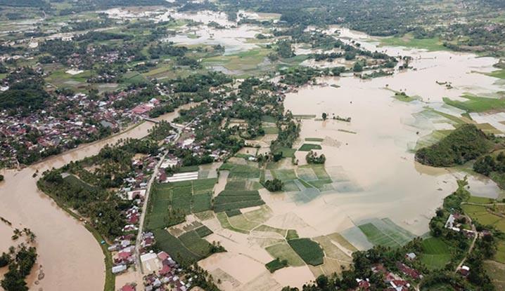 Banjir di Kabupaten Lima Puluh Kota, Sumatera Barat, Sabtu (5/9). FOTO: BPBD Kabupaten Lima Puluh Kota/BNPB