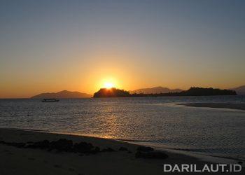 Kepulauan Indonesia memiliki beragam potensi wisata bahari. FOTO: DARILAUT.ID