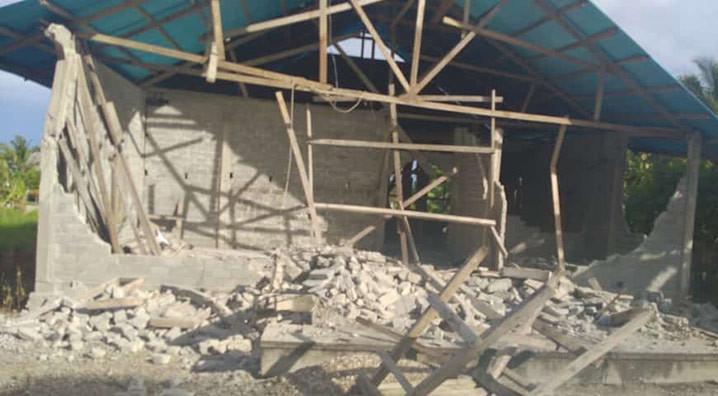 Gempa magnitudo 5,7 yang terjadi pukul 14.18 WIB Rabu (9/9) di Kepulauan Talaud, Sulawesi Utara, menyebabkan empat unit rumah rusak. FOTO: BPBD Kab Kepulauan Talaud/BNPB