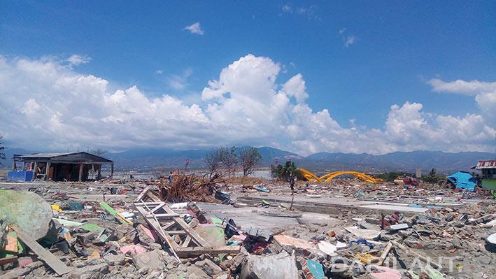 Rumah yang rusak berat saat terjadi gempa disusul tsunami di Palu, Sulawesi Tengah, Jumat 28 September 2018. FOTO: DARILAUT.ID