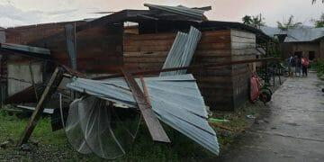 Puluhan rumah rusak ringan akibat hujan disertai angin kencang menerjang empat desa di Kabupaten Aceh Tenggara, Provinsi Aceh, Minggu (27/9). BPBD Kabupaten Aceh Tenggara/BNPB