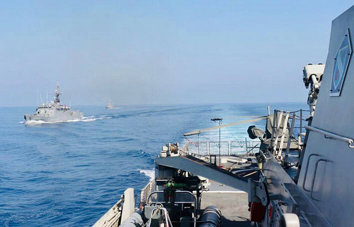 Latihan Passing Exercise (Passex) KRI Sultan Hasanuddin 366 dengan Kapal Perang Turki TCG Bandirma F 502 dan TCG Tufan P 333, di perairan Mediterania, Selasa (29/9). FOTO: KEMLU