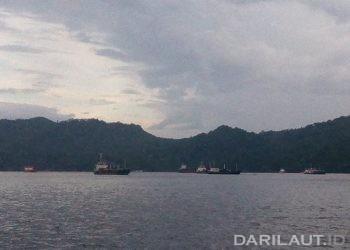 Area pelabuhan Bitung, Sulawesi Utara. FOTO: DARILAUT.ID
