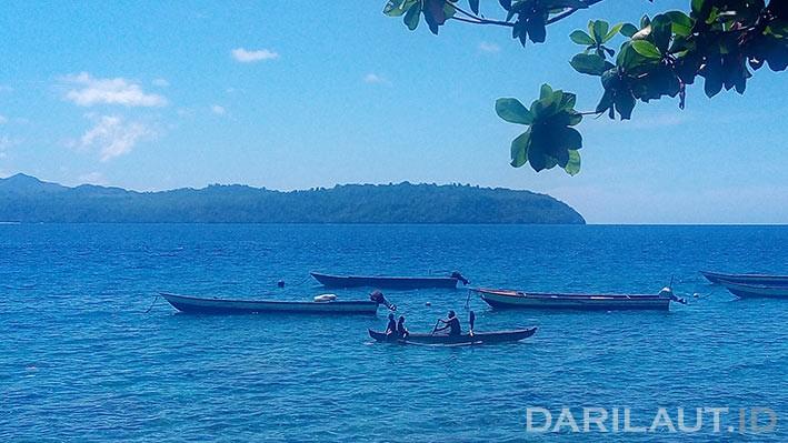 Perahu nelayan di Maluku. FOTO: DARILAUT.ID