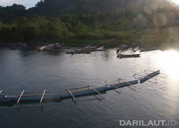 Perahu nelayan di Togean. FOTO: DARILAUT.ID