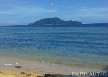 Pulau Raja di kabupaten Gorontalo Utara, Laut Sulawesi. FOTO: DARILAUT.ID