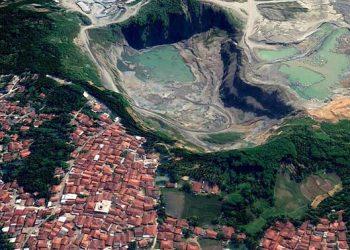 Tanah longsor di Kabupaten Bogor, Provinsi Jawa Barat, mengakibatkan dua rumah warga rusak berat dan 93 warga mengungsi. FOTO: BPBD Kabupaten Bogor/BNPB