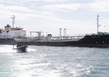 Kapal tanker MT Zodiac Star berbendera Panama. FOTO: TNIAL.MIL.ID